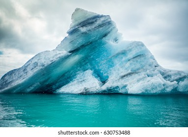Icebergs floating.  Ices and icebergs. Glacier lagoon. Greenland iceberg. Melting ice. South coast Iceland. Jokullsarlon glacier lagoon