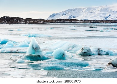 Icebergs floating in Jokulsarlon glacier lake,on the borders of