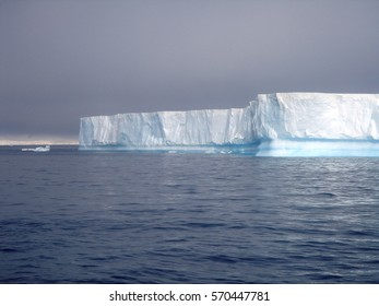 Icebergs and polar landscapes off the Antarctic peninsula
