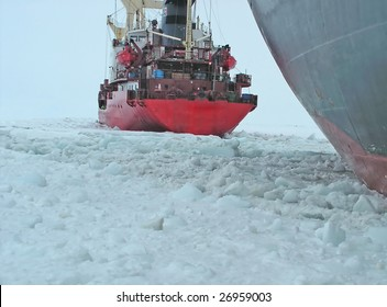 Ice Breaker Ship Images, Stock Photos & Vectors | Shutterstock