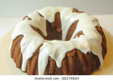 Iced Fall Pumpkin Bundt Cake