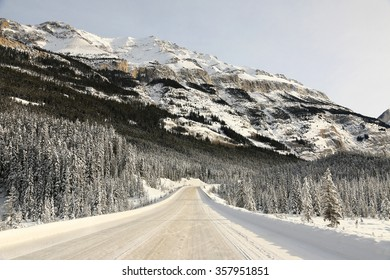 Icefields Parkway in winter, Alberta, Canada