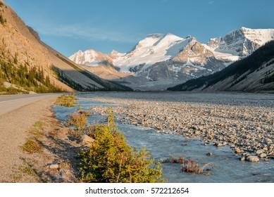 Icefields Pkwy from Jasper to Banff, Canadian Rocky Mountains, Alberta, Canada