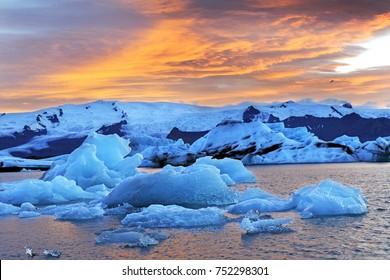 iceland - Jokulsarlon icebreg