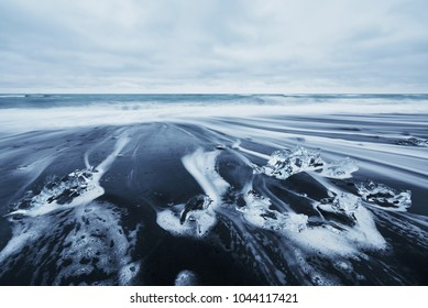 Iceland, Jokulsarlon lagoon, Beautiful cold landscape picture of icelandic glacier lagoon bay.