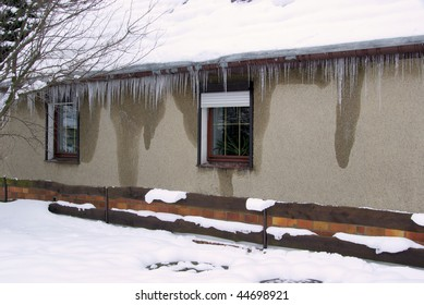 icicle on house