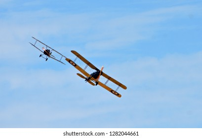 ICKWELL, BEDFORDSHIRE, ENGLAND - AUGUST 05, 2018: Vintage  Bristol F2.B  and Sopwith Camel WW1 Aircraft in flight.