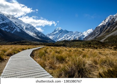 The iconic Mount Cook, Hooker Valley track.