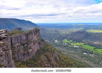 The iconic Pinnacle walk and lookout is one of the highlights of the entire Grampians region. Hikers are rewarded with stunning views of Halls Gap and the Grampians' many peaks.