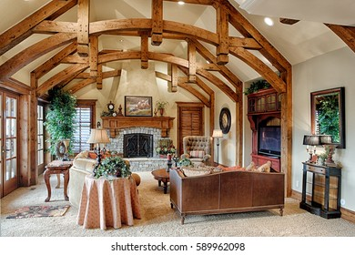 Idaho Falls, Idaho, USA Sep. 18, 2008 The great room in a modern upscale home with modern timber frame construction.