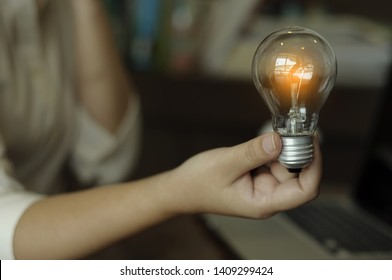 idea accounting finance and saving energy concept