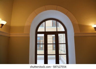 The idea of the decoration of interior internal window