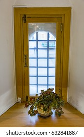 The idea of the decoration of interior internal window
