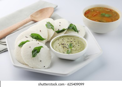 Idli ,Idly , with Coconut chutney and sambhar