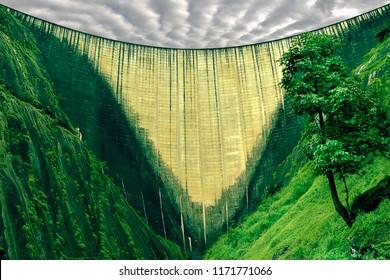 idukki dam, idukki kerala, india's hoover dam,