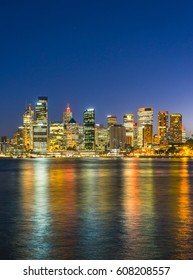 iew of the Sydney Harbor and cityscape.
