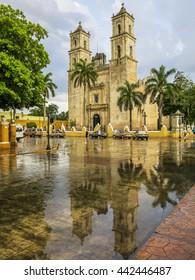 Iglesia de Plaza Mayor Valladolid, Yucatan Mexico
