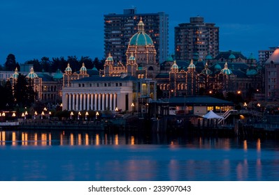 Iinner harbour and Parliament Buildings at dusk - Victoria, BC, Canada