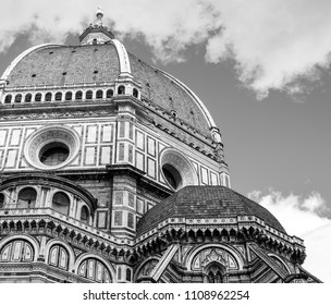 il duomo in florence, tuscany, florence, italy, in black and white