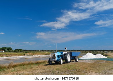 Ile de Re salt lakes and tractor