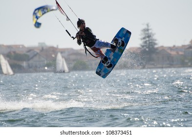 ILHAVO, PORTUGAL - JULY 21: Diogo Fernandes in the 3rd Kiteloop Contest Aveiro 2012 on july 21, 2012 in Ilhavo, Portugal.