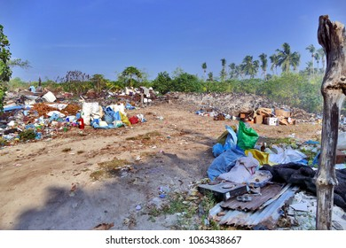 Illegal dump on Maldives island