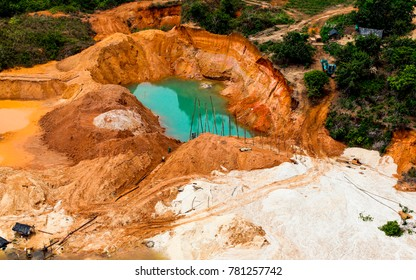 Illegal mining in Antioquia, Colombia, illegal mining has become the main problem for the inhabitants of Antioquia, by the use of Mercury and cyanide.