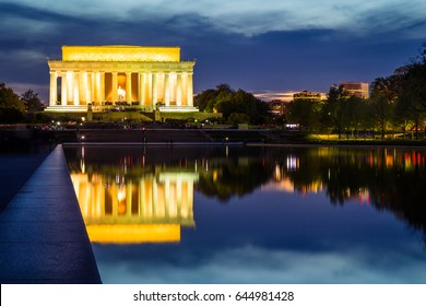 The illuminated Lincoln Memorial at sunset, Washington DC, USA