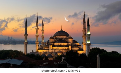 Illuminated turkish Blue Mosque in the period of Ramadan, Istanbul.