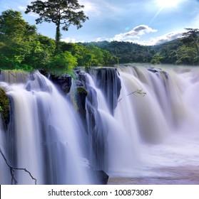 Tad-Pa Suam Wasserfall, Südlaos