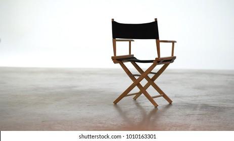 スタジオの映画ディレクターズチェア、折りたたみ椅子。