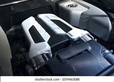 V10 Supercar Motor hautnah
