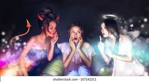 Mooie vrouw om thuis te zitten. Angel en Devil praten over haar en proberen haar aan hun zijde te krijgen. Ze aarzelt. Veel copyspace.