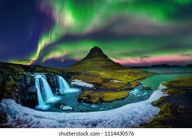 Severna luč, Aurora borealis v Kirkjufell na Islandiji. Gore Kirkjufell pozimi.