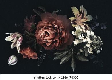 花と花のヴィンテージカード。黒の背景に牡丹、チューリップ、ユリ、アジサイ。結婚式の招待状、休日の挨拶、名刺、装飾パッケージのデザインのテンプレート