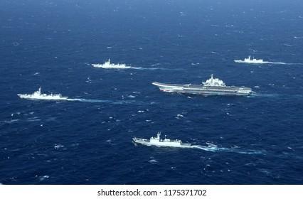 Openingsdag vliegdekschip, China's eerste vliegdekschip Liaoning-schip