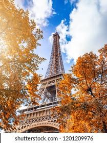 París vale todos los días del año, pero el otoño es posiblemente la mejor temporada de la ciudad. Vibraciones otoñales en París.