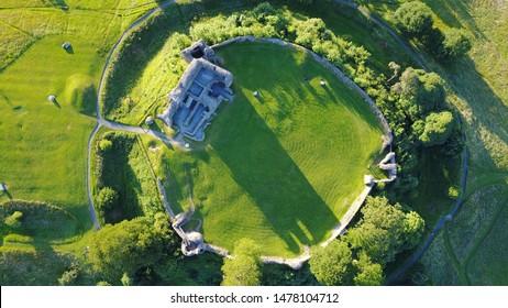 イギリスのケンダル城ドローンショット