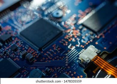 Platine.Motherboard Digital Chip. Elektronische Computerhardwaretechnologie. Integrierter Kommunikationsprozessor. Informationstechnische Komponente. Technischer wissenschaftlicher Hintergrund. Flacher Fokuseffekt.