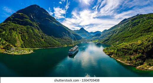 Fiordo de Geiranger, Beautiful Nature Norway. El fiordo es uno de los sitios turísticos más visitados de Noruega. Fiordo de Geiranger, declarado Patrimonio de la Humanidad por la UNESCO