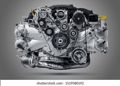 Levante la unidad del motor del automóvil. Volar el motor.