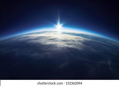 近宇宙写真-地上20km /実際の写真