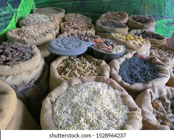 Die Exporte von Getreide aus Indien stiegen 2017/18 aufgrund der steigenden Nachfrage auf den Weltmärkten nach Angaben des Handelsministeriums um 34,36 Prozent auf 8,1 Milliarden USD