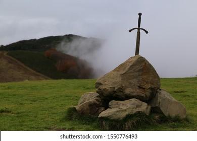 プラトマーニョ、イタリアの石の剣