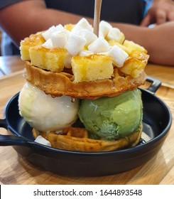 waffles with ice creams topped with fresh baked bread and Marshmello