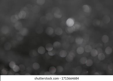 Bokeh der Lichter auf schwarzem Hintergrund