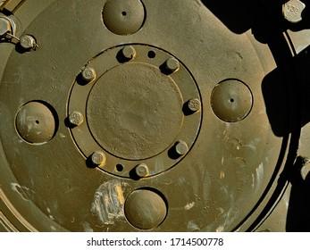 De metalen textuur van militair materieel. Details van militair materieel. Dag