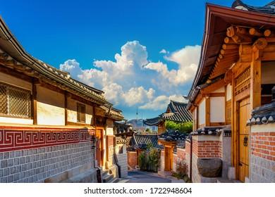 Selo Bukchon Hanok. Arhitektura tradicionalnog korejskog stila u Seulu u Koreji.