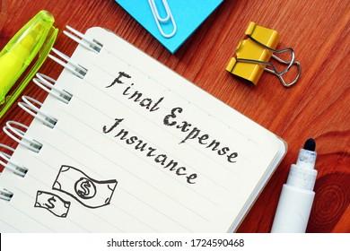 シートに刻印された最終経費保険の定義に関するビジネスコンセプト。