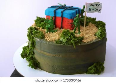 Pubg game themed birthday cake. Cake for gamer. Pubg game cake design. Military themed birthday cake design